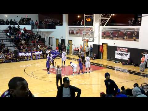 4 | Robert Vaux High School (Pennsylvania) Vs Bishop Loughlin Memorial High School (New York)