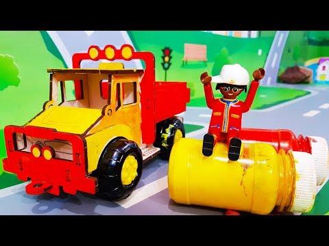 Мультики про машинки. Цветные краски в мультике – Игрушка грузовик. Мультфильмы для детей