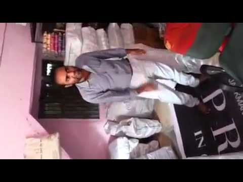 Nana Pateker In Surat Textile Market