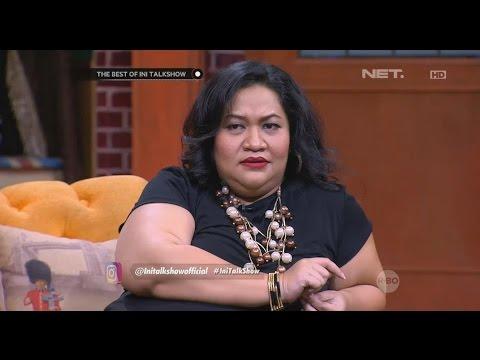 download lagu The Best Of Ini Talkshow - Tike Priatnakusumah Bengong Liat Gaya Penonton Yang Sedang Bernyanyi gratis