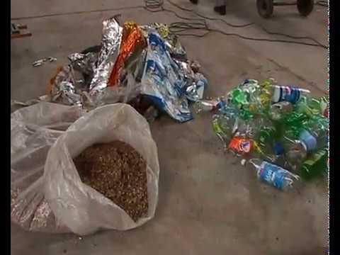 Ladrillos Reciclados de Pet y Techos Cascara de maní, CEVE. En Obras 06/02/10