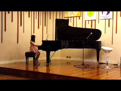 Yai and N'Un-Un's Piano Performance