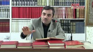 Mustafa KARAMAN(Kısa) - Kulun Allah'a en yakın olduğu an secde anıdır!