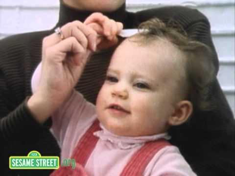 Sesame Street - Fixing My Hair