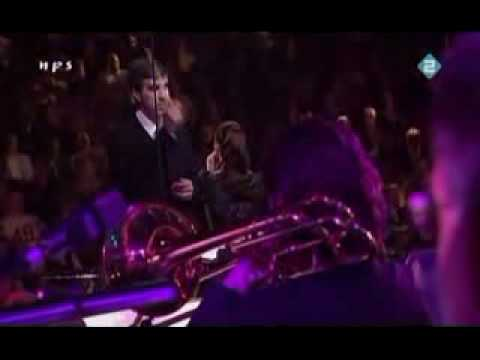 Trijntje Oosterhuis Sings Burt Bacharach - 05 - The Look Of Love
