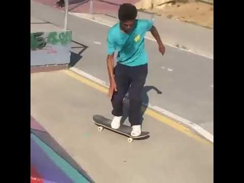 🔄 @durandsk8 📹: @gabriel_p_ribeiro   Shralpin Skateboarding