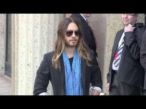 CRAZY - Jared LETO and Terry Richardson attending Miu Miu fashion show in Paris - MASSIVE CROWD