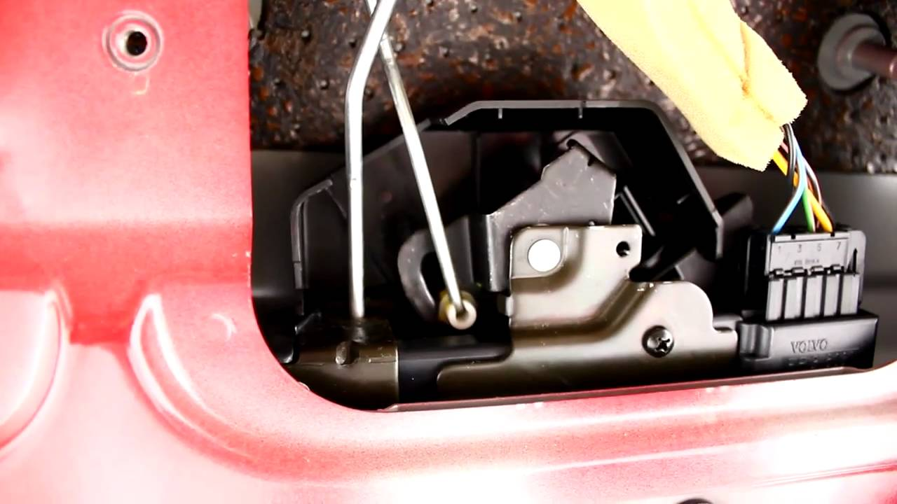 1998 volvo v70 tailgate lock assembly