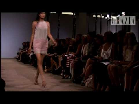 London Fashion Week '09: Day 5 with Grazia [HQ] Video