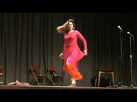 Afreen's Excellent Punjabi Stage Drama Dance video