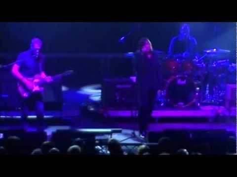 ARCHIVE - Twisting (live in Berlin 2012)