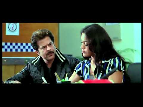 Anil Kapoor With The Sultry Sameera Reddy As His Assistant - Race video