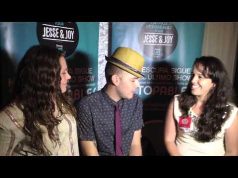Entrevista a Jesse y Joy Latinos Imparables | Ahorros para Mamá