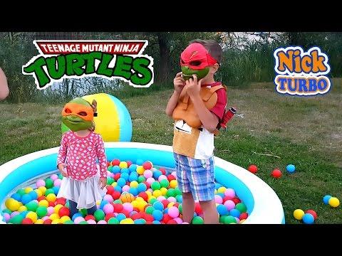 Черепашки ниндзя спасают Машу и Медведя. Оружие и маски Turtles of the ninja save Masha and the Bear