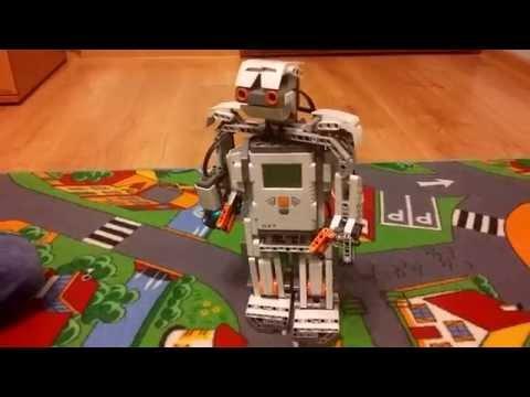 Humanoid Lego Mindstorms nxt 2.0 zrobiony przez 7 latka