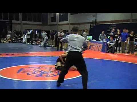 Luis Quinonez (Central) vs Bryan Silva (Framingham) D1 States 2013