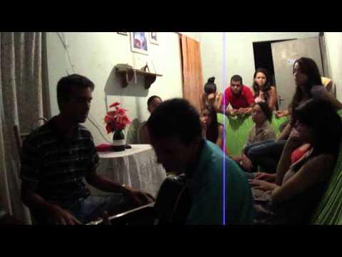 Gabriel Dias & Wellerson Louvando Com a Música Renovo (Wellinson & Ivania)