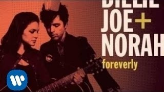 "Billie Joe Armstrong & Norah Jones - ""Long Time Gone"""