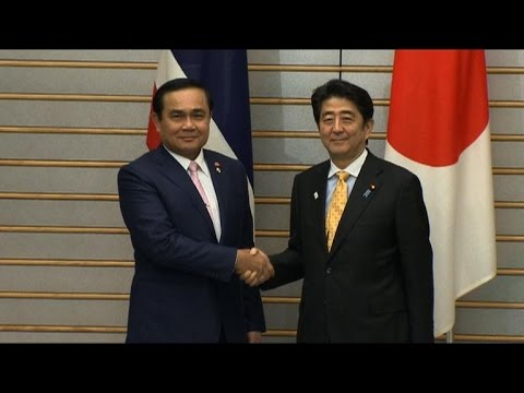 Japan's Abe urges Thailand to return soon to civilian rule