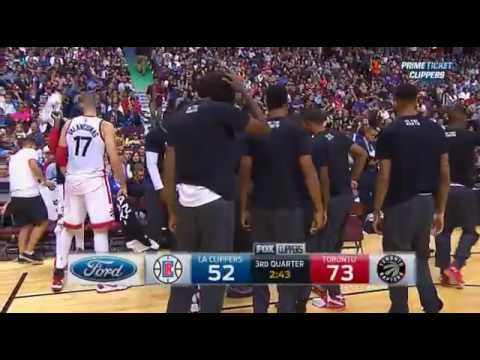 Terrence Ross breaks Jamal Crawford's ankles and hits 3!!