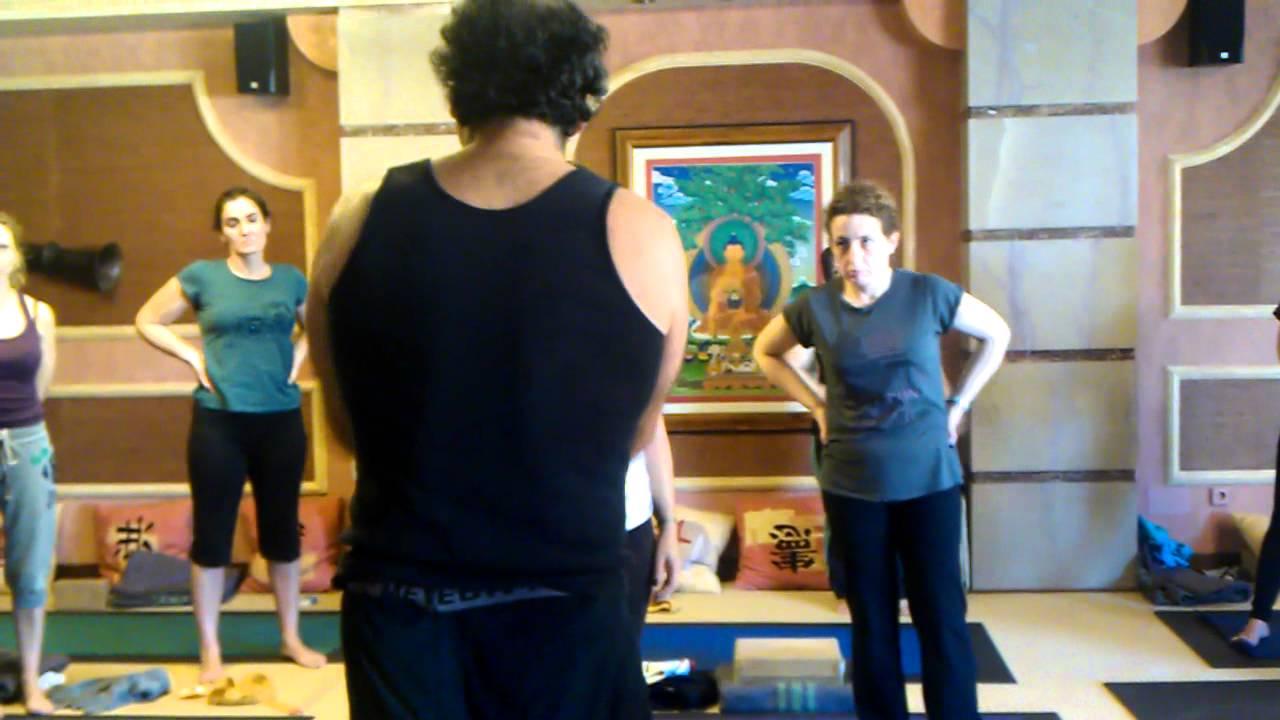 escorts en victoria yoga