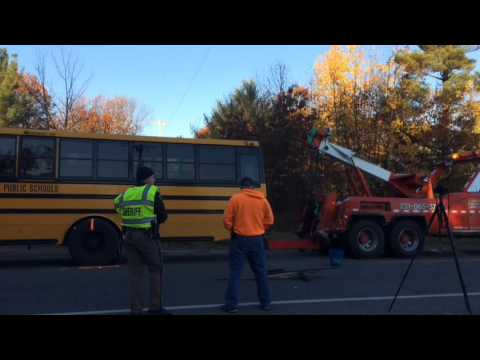 Oakridge school bus crash