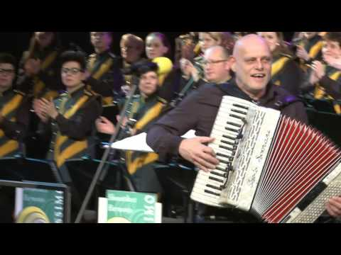 Oet ut zuuje Vastelaoveskônzert 2016 Showorkest Harmonie Fortissimo