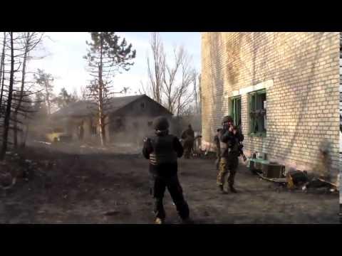 Donbass battalion firing SPG 9 in Shyrokino, Ukraine