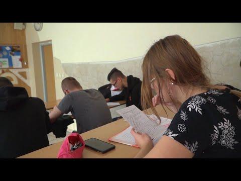 Utolsó magyar középiskolai oktatási sziget a Zoboralján
