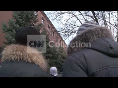 UKRAINE:PRO-RUSSIANS STORM PROSECUTOR BUILDING