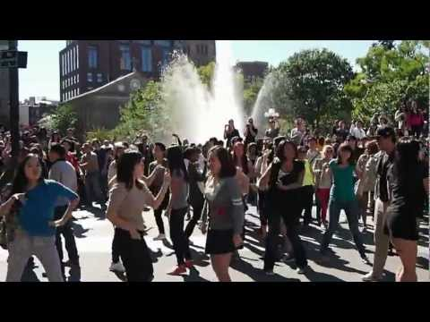 Nyu+nyc gangnam Style Flash Mob (9 23) video