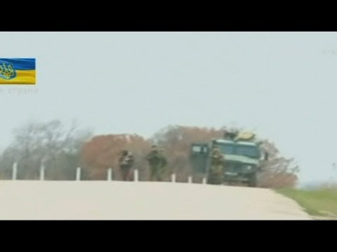 Russian and Ukrainian soldiers Crimea stand-off: subtitled