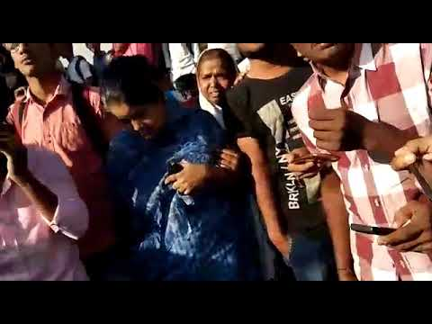 Girl Accident at Kukatpally Main road  !!!  Exclusive visuals||Chaitanya bus||