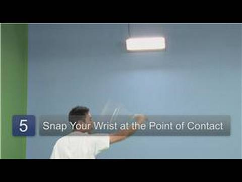 Badminton : How to Hit a Backhand Overhead Clear Shot in Badminton