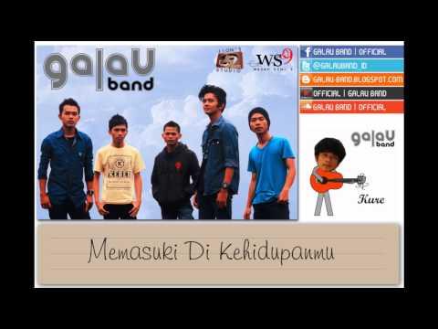 Galau Band - Bukan Milikku (Official Lyrics Video)