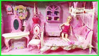 Đồ chơi Phòng ngủ búp bê công chúa, có giương ngủ, bàn trang điểm, tủ tuần áo Baby Doll (Chim Xinh)