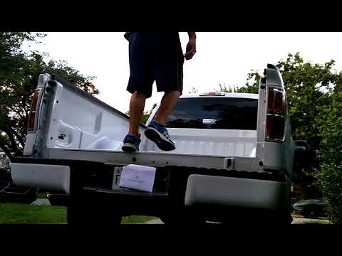 How To Remove The TAILGATE On ANY Ford F-150