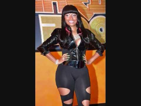 Nicki Minaj - Girlfriend (lyrics)