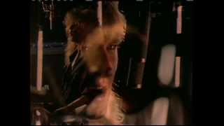 Watch Def Leppard Love video