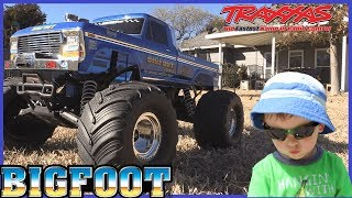 Traxxas BIGFOOT RC Monster Truck Unboxing & Crash Play Video for Kids with Power Wheels