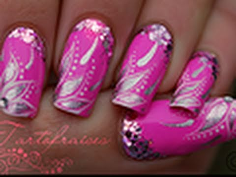 How to Pinky Nail Art