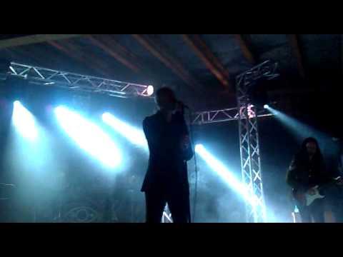 Herra Ylppo Ja Ihmiset - Pojat Ei Tanssi