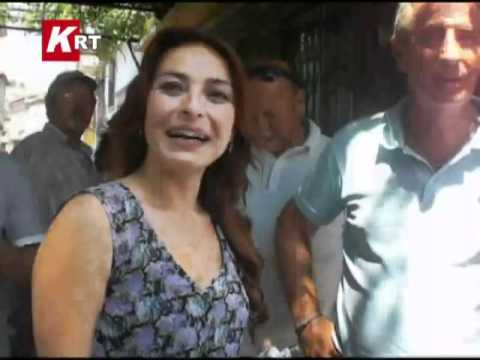 ayça bingöl film setinde....