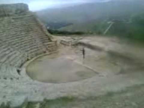 MVI_0298.3GPSegesta teatro greco