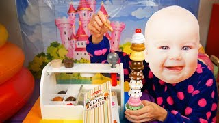 Funny Baby Pretend Play with Ice Cream Shop