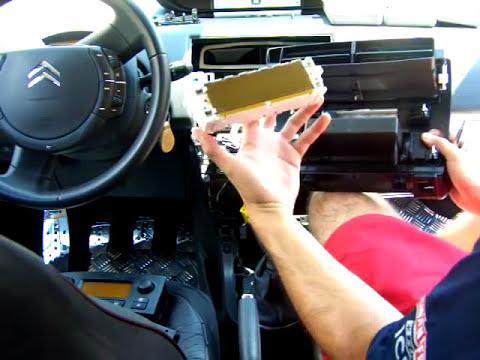 C4 Desmontando Clima, Radio y Navegador02