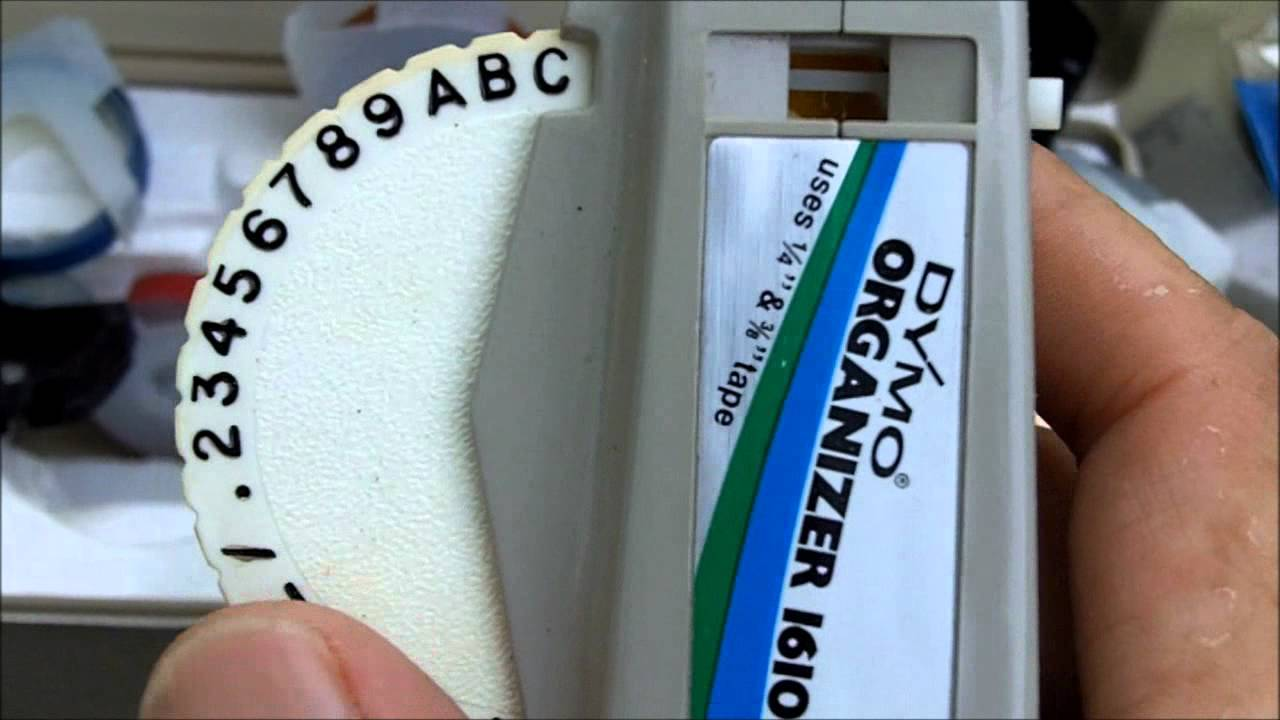 Create your own labels quickly and with ease using this DYMO LabelWriter Label Maker.