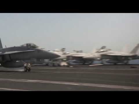 ARABIAN GULF!  F/A-18 Super Hornets Land After Bombing ISIL in Iraq!