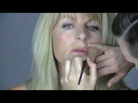 Evening make-up tutorial for mature ladies. Evening make-up tutorial for ...