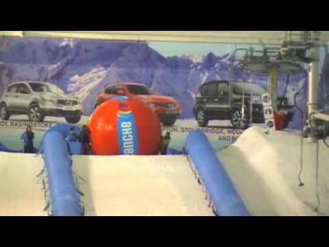 Avalanche at the Chill Factore Manchester.wmv